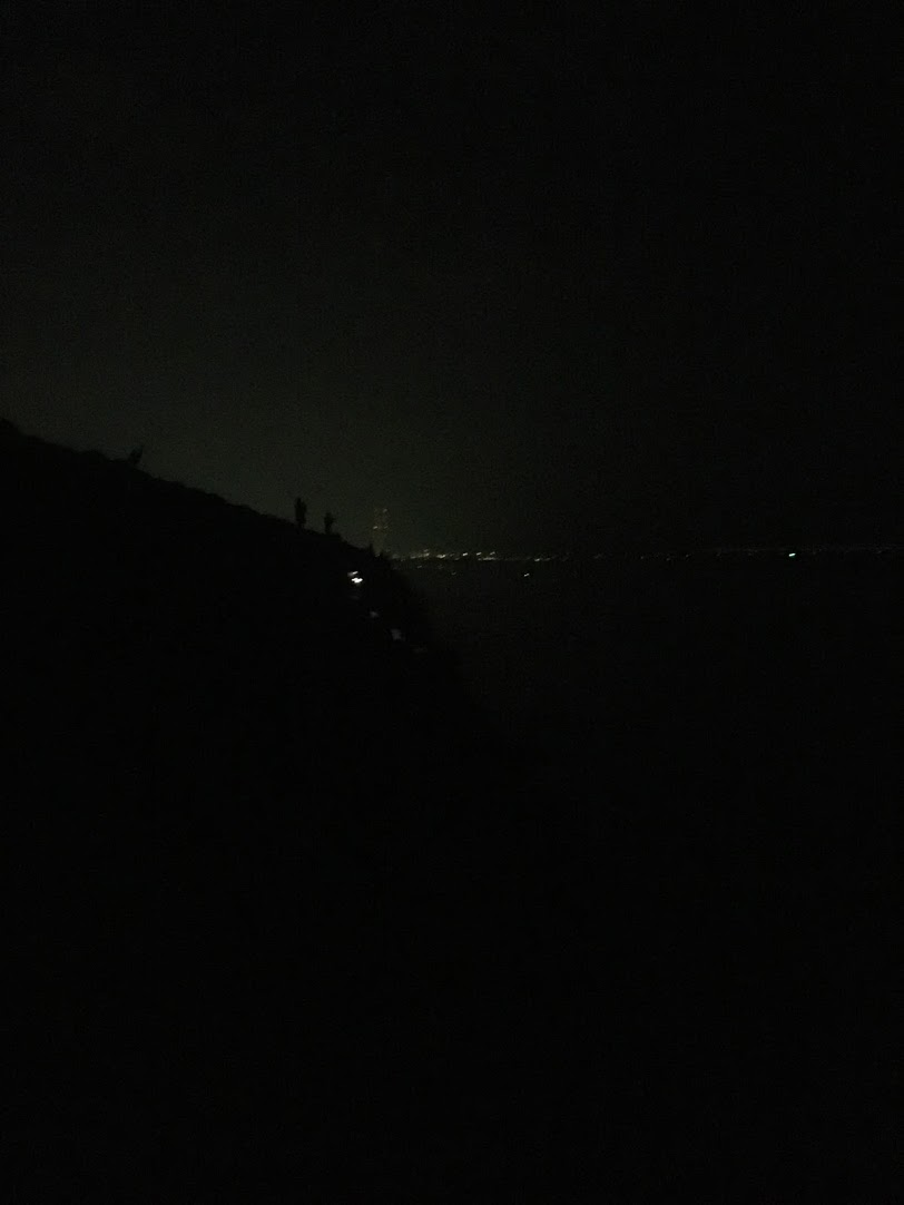 貝塚人工島テトラ